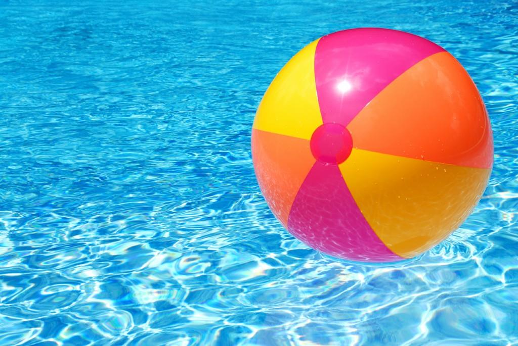 Alcontrol-zwembad-aboneevoordeel-bed-breakfast-legionella-strandbal