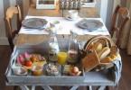 ontbijt_broeks_bed_ontbijt