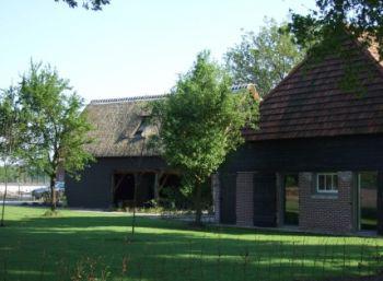 Erfgoed Den Heijkant ligt middenin de schilderachtige Brabantse regio De Kempen.